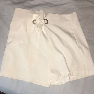 White envelope shorts / skirt